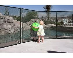 nos accessoires pour prot ger nettoyer entretenir votre coque piscine. Black Bedroom Furniture Sets. Home Design Ideas
