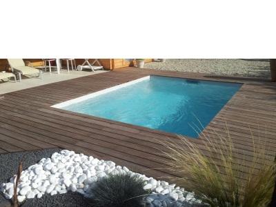 Plage de piscine bois terrasse de piscine en bois bordeaux - Pose margelle bois piscine ...
