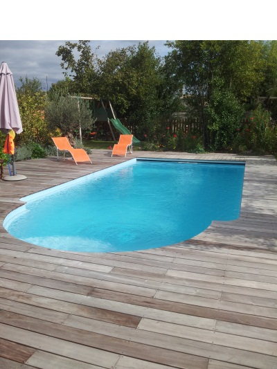 plage de piscine bois terrasse de piscine en bois bordeaux. Black Bedroom Furniture Sets. Home Design Ideas